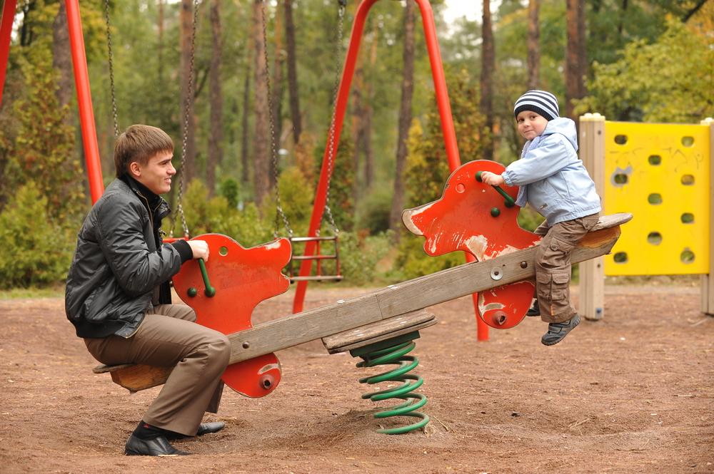 Семейная фотосессия в Киеве. Фотограф на фотосессию для семьи в Киеве.